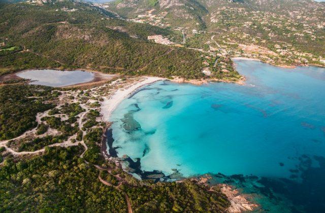 La Costa Smeralda e le sue spiagge incantate
