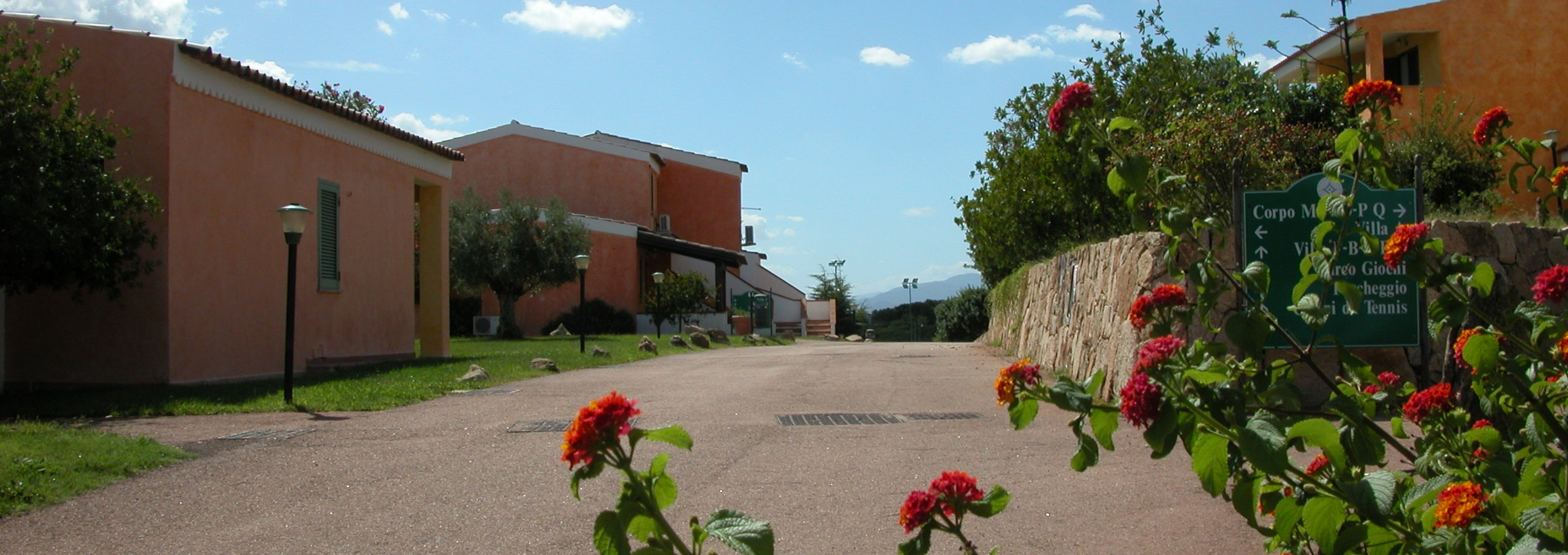 Un Hotel panoramico a Baia Aranzos Hotel  Sardegna