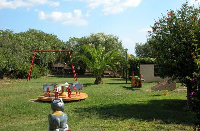 DSCN4306 parco giochi foto